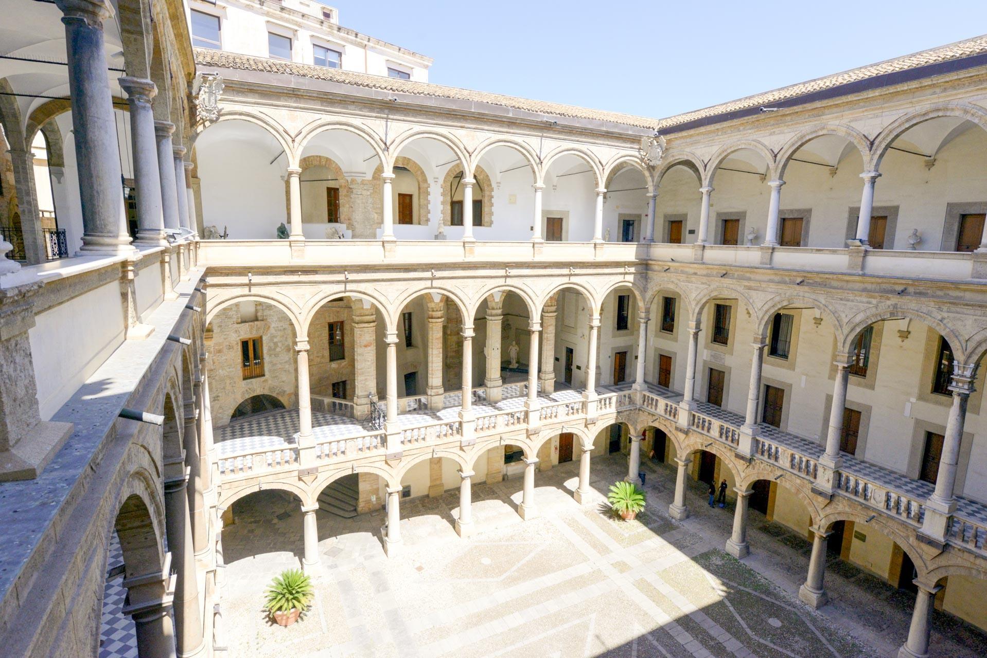 Fondazione Federico II - Veduta sul Chiostro Interno