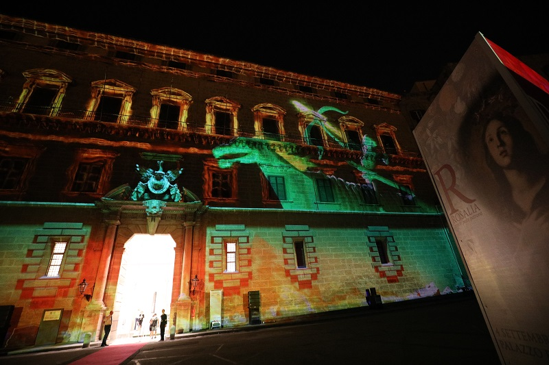 Beamsderfer Bright Green Office Intended Evening Openings Of The Royal Palace And Video Mapping Ten Thousand People Discover New Tourist Route Welcome Fondazione Federico Secondo